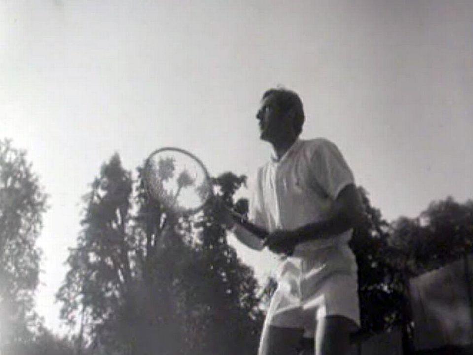 Il est un des meilleurs espoirs du tennis helvétique. Interview.