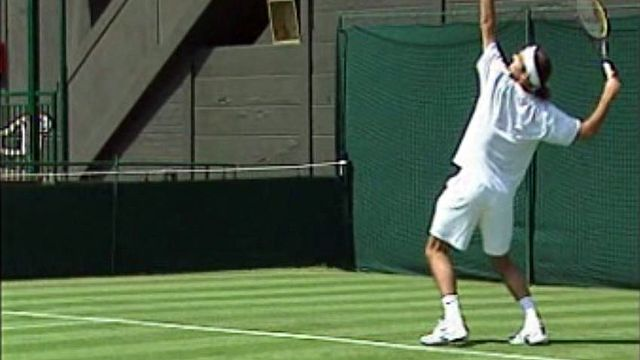 Roger Federer se prépare à affronter le gazon londonien.