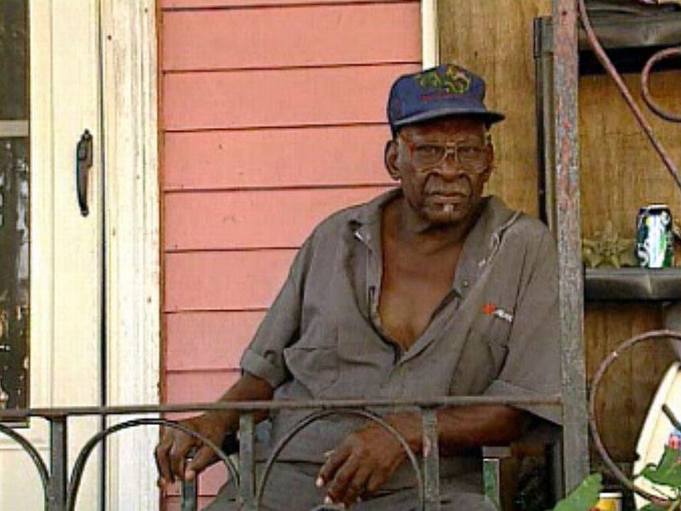 La vie s'organise dans la Nouvelle-Orléans dévastée.