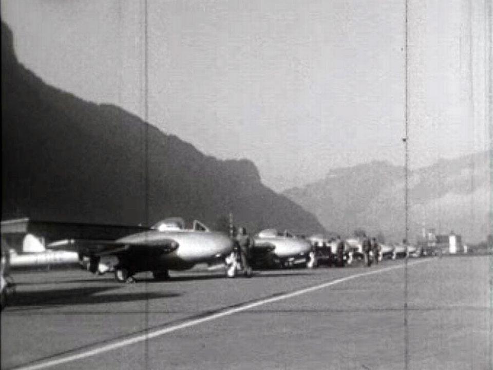 Vol au-dessus des Alpes avec le premier avion à réaction de l'armée.