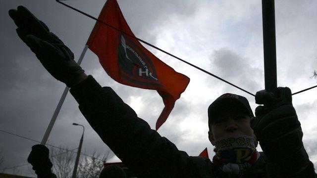 Le salut nazi en public ne représente pas une discrimination raciale selon le TF. [Dmitry Kostyukov - AFP]