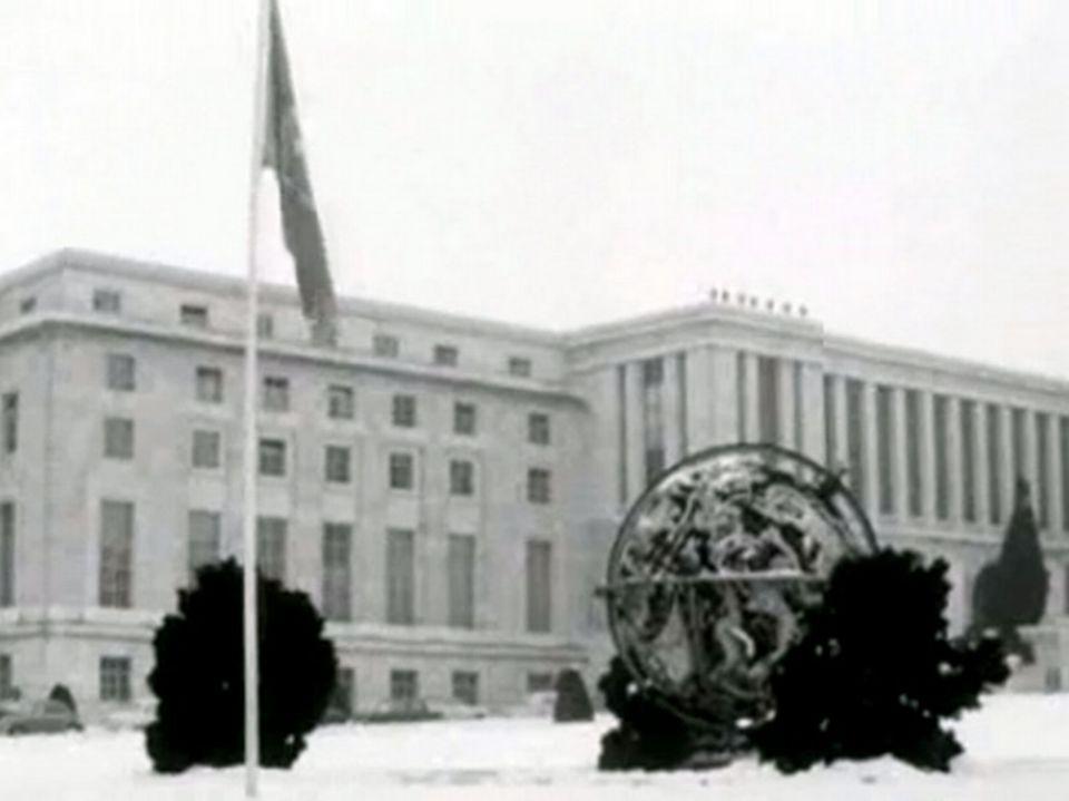 Le Palais des Nations à Genève - Carrefour, 24 janvier 1964. [RTS]