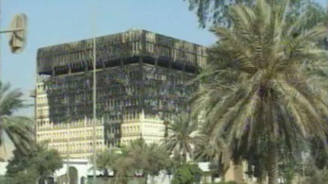 Reportage à Bagdad après la chute de Saddam Hussein.
