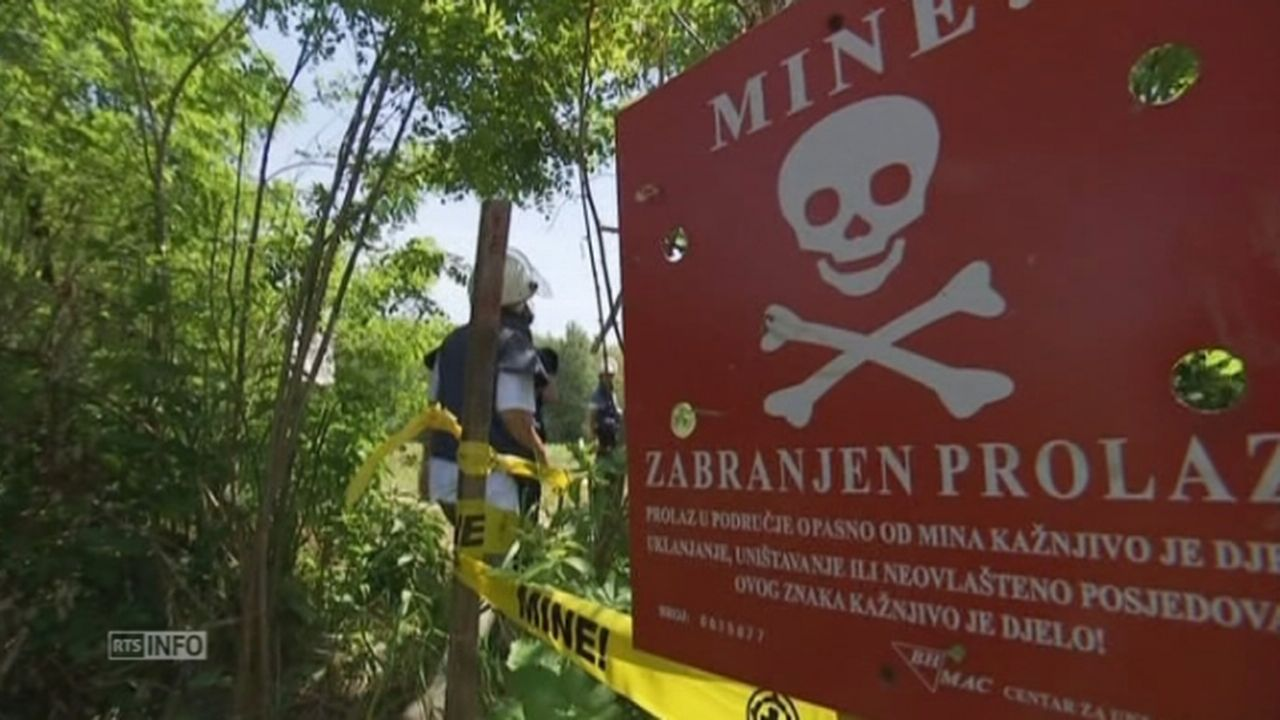 Des mines déplacées par les inondations menacent des villages en Bosnie [RTS]