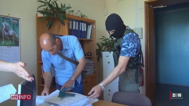 Des militants pro-russes auraient saisi les listes et le matériel électoral en vue du scrutin majeur de dimanche à Donetsk [RTS]