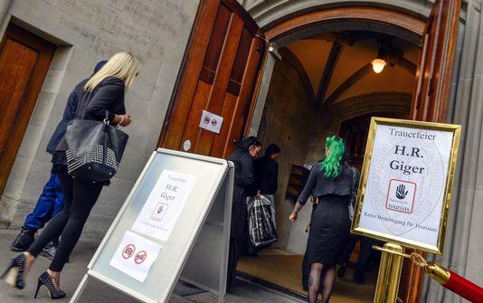 Un dernier hommage a été rendu vendredi à l'artiste suisse Hans Ruedi Giger à Zurich. [Walter Bieri - Keystone]
