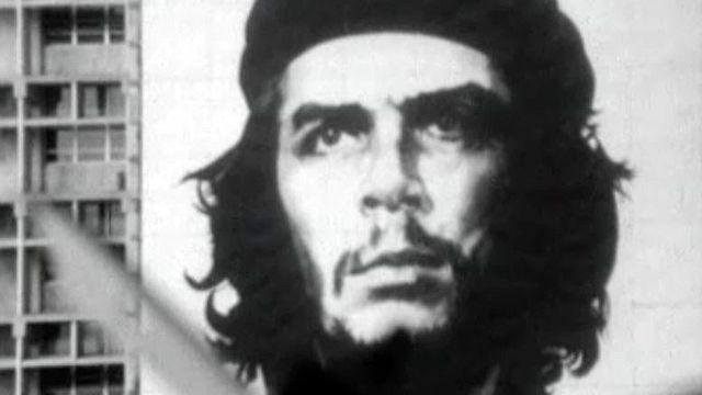 Reportage à Cuba au lendemain de la mort du Che.