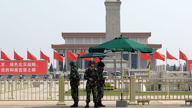 La place Tiananmen bouclée par l'armée, ce mardi 3 juin 2014. [GOH CHAI HIN - AFP]