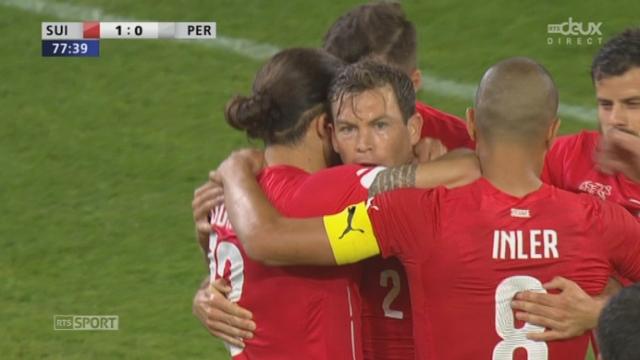 Suisse - Pérou (1-0): la Nati ouvre la marque en fin de match par Stephan Lichtsteiner [RTS]