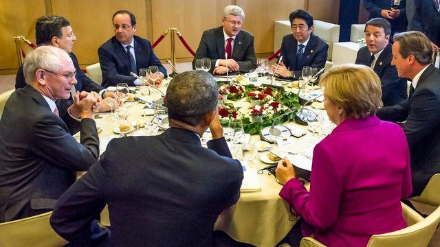 Les dirigeants du G7 entament leur première session de travail, ce 4 juin 2014 à Bruxelles. [AP Photo/Geert Vanden Wijngaert - Keystone]