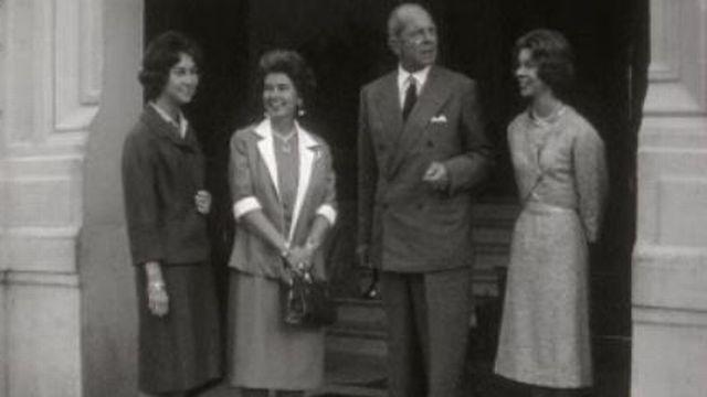 La famille royale de Grèce en Suisse en 1961. [RTS]