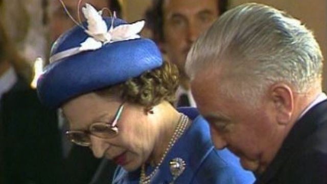 Reine Elisabeth et Georges-André Chevallaz, 1980. [RTS]