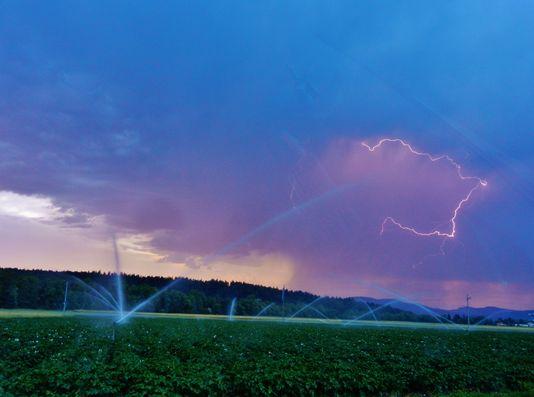 Un orage près de St-Urban. [Hanny Fries - vosinfos]