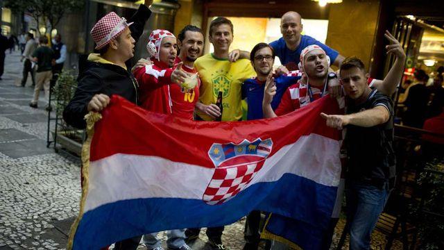 """Les supporters croates seront-ils vraiment les plus """"chauds"""" au Brésil? [Rodrigo Abd - Keystone]"""