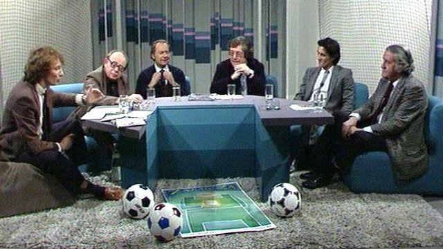Débat sur le football en 1982. [RTS]