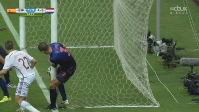 Groupe B, ESP-NED (1-3): l'Espagne à deux doigts du KO avec cette splendide reprise de Van Persie sur la barre transversale [RTS]