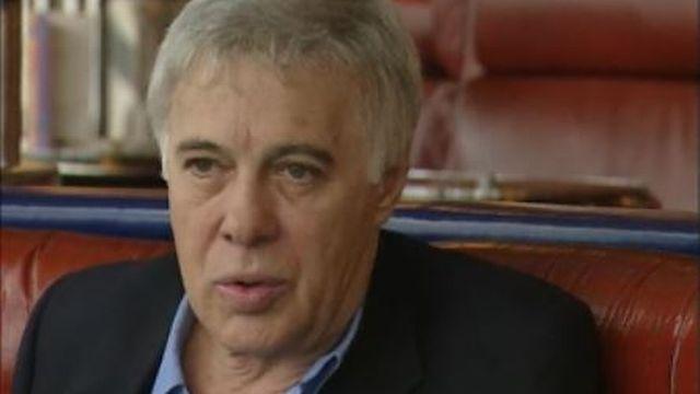 L'humoriste français Guy Bedos en 2002. [RTS]