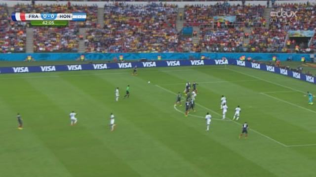 Groupe E, FRA - HON (1-0): les Français ouvrent le score sur un penalty [RTS]