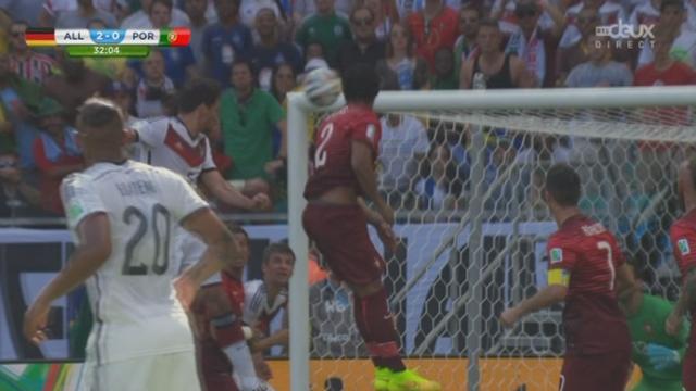 Groupe G, ALL-POR (2-0): un corner qui se transforme en goal pour les allemands [RTS]
