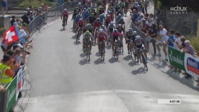 5e étape: Mark Cavendish chute et permet à Sacha Modolo de remporter sa 1ère grande victoire [RTS]