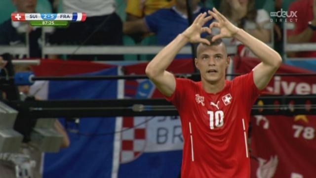 Groupe E, SUI-FRA (2-5): pris dans leur élan les Suisses marquent un second goal [RTS]