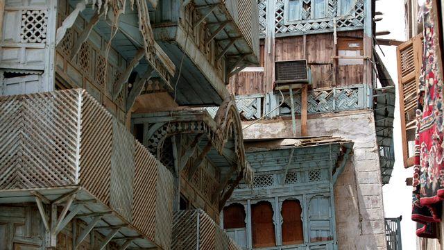 La ville historique de Jeddah a été à partir du VIIe siècle l'un des ports les plus importants sur les routes commerciales de l'océan Indien. C'est là qu'arrivaient les marchandises à destination de La Mecque. [Hassan Ammar - AFP]