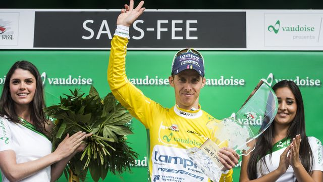 Le champion du monde Costa n'a pas faibli face à Frank lors de la 9e et dernière étape. [Jean-Christophe Bott - Keystone]
