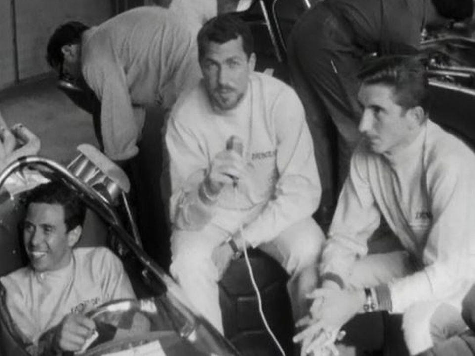 Sa victoire sur Jim Clark porte Jo Siffert au sommet. [RTS]