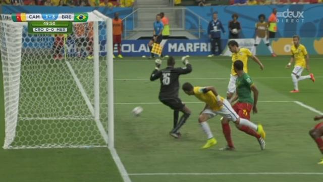 Groupe A, CMR-BRA (1-3): sur un centre de David Luiz, Fred inscrit le 3-1 [RTS]