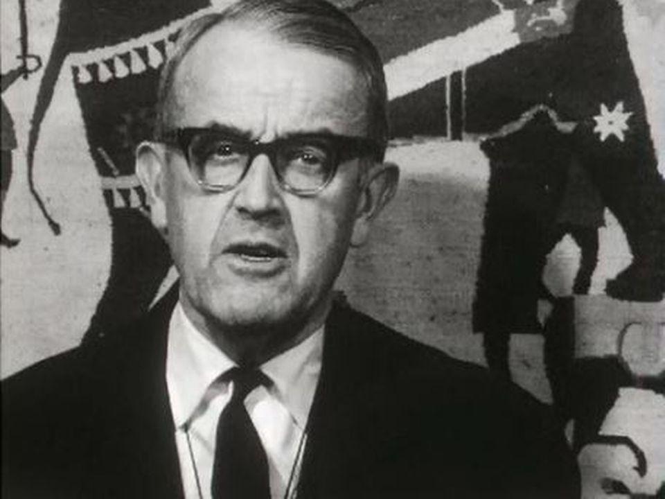 Un hommage de M. Petitpierre au conseiller fédéral Frank Kobelt. [RTS]