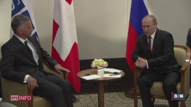 Ukraine: Vladimir Poutine joue la carte de l'apaisement face à Didier Burkhalter à Vienne [RTS]