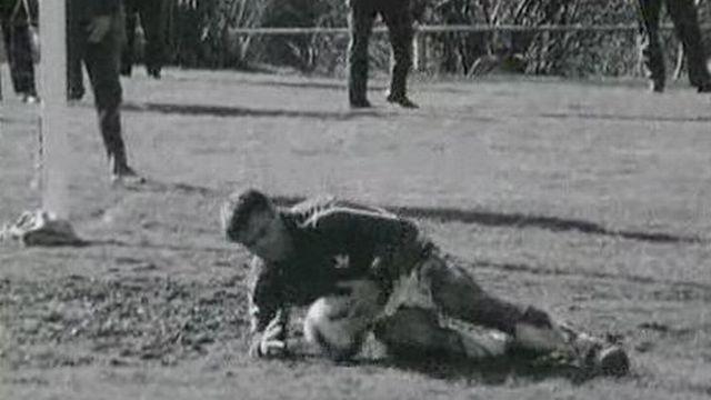 Football en 1966. [RTS]