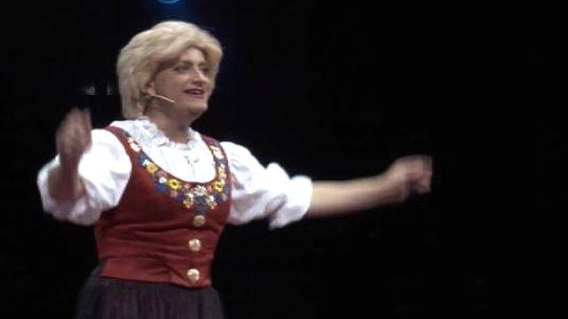Marie-Thérèse Porchet, reine du schwyzerdütsch au cirque Knie. [RTS]