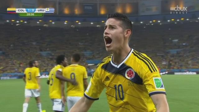 1-8, COL-URU (1-0): Control orienté et frappe enchaînée du Colombien James Rodriguez qui ouvre le score [RTS]