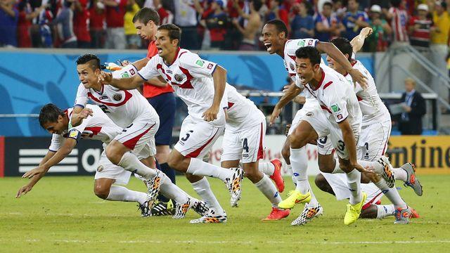 C'est fait! Le Costa Rica jouera pour la 1ère fois les 1-4 d'un Mondial. [Yves Herman - Reuters]