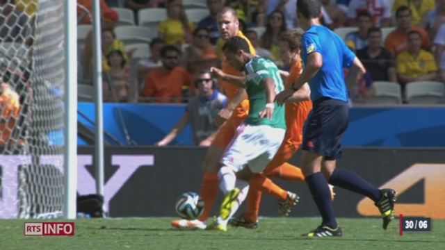 Football - Coupe du Monde: les Pays-Bas remporte le match in extremis [RTS]