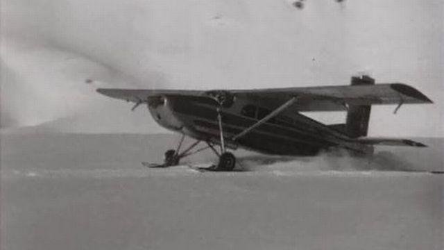 Lancement du Pilatus PC6 qui permet de se poser sur les glaciers. [RTS]