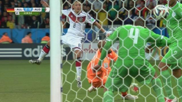 1-8, GER-ALG (2-0): Özil double la mise [RTS]