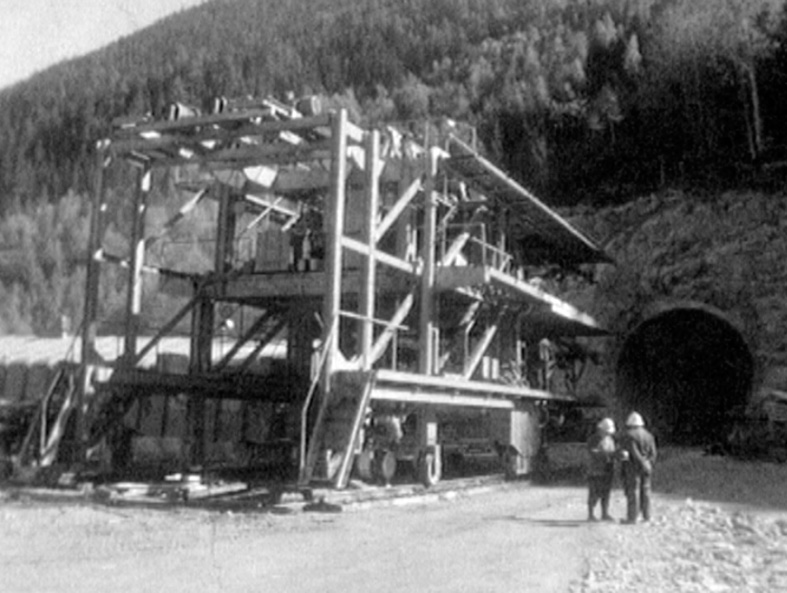 Percement du tunnel Mont-Blanc en 1962.