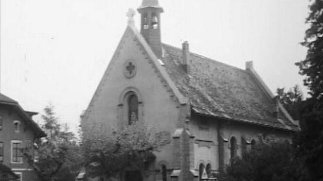 Reportage sur la paroisse réformée de Bulle, forte de 600 fidèles. [RTS]
