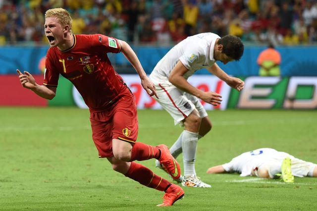 Kevin De Bruyne laisse exploser sa joie après avoir ouvert le score. [FRANCISCO LEONG - AFP]