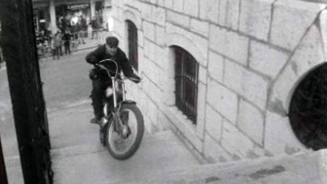 Un nouvelle façon de passer des obstacles en moto, le trial.