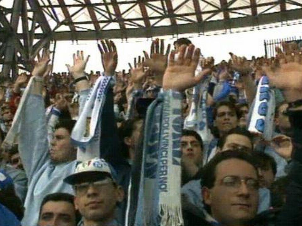 Les supporters de Napoli [TSR 1990]