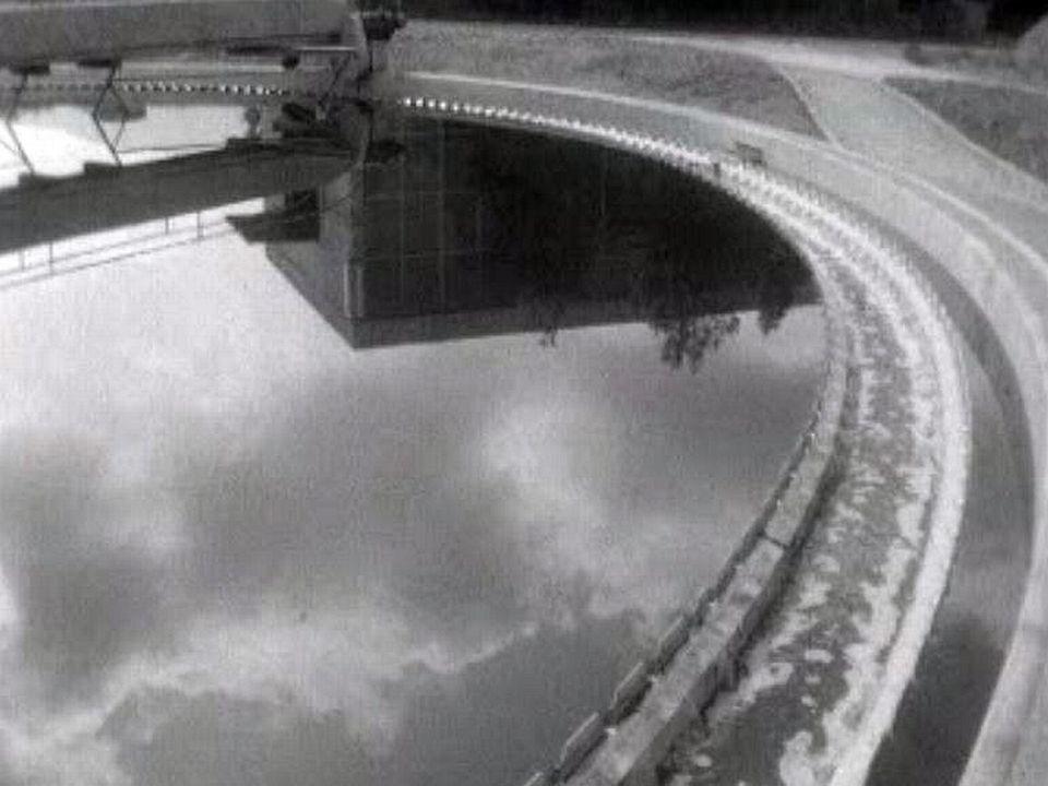 Dans les années 60, la pollution des lacs est préoccupante.