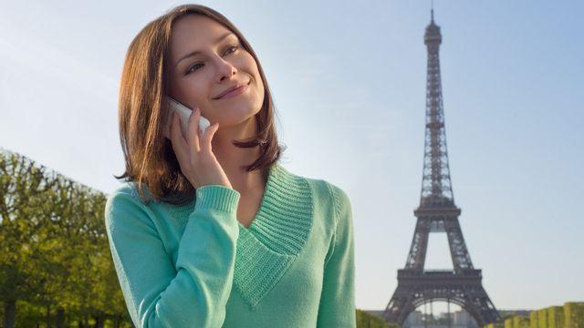 Téléphoner depuis l'étranger peut coûter extrêmement cher. [geniusksy - Fotolia]