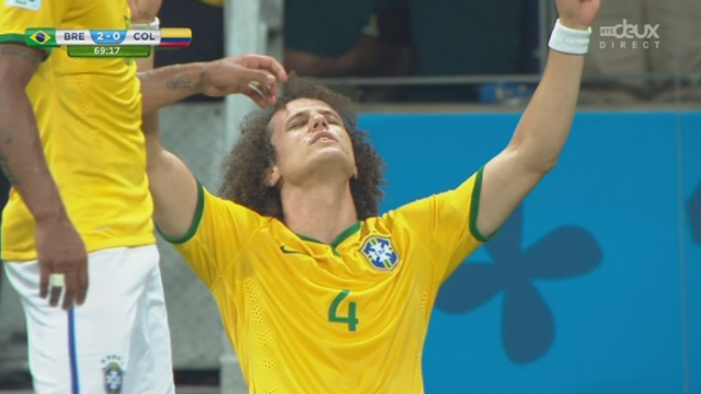1-4, BRA-COL (2-0): le Brésil prend deux longueurs d'avance sur un coup franc exceptionnel de David Luiz [RTS]