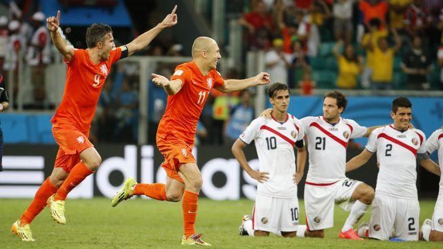 Van Persie et Robben peuvent exulter. Les Pays-Bas sont dans le dernier carré. [Sergio Moraes - Reuters]