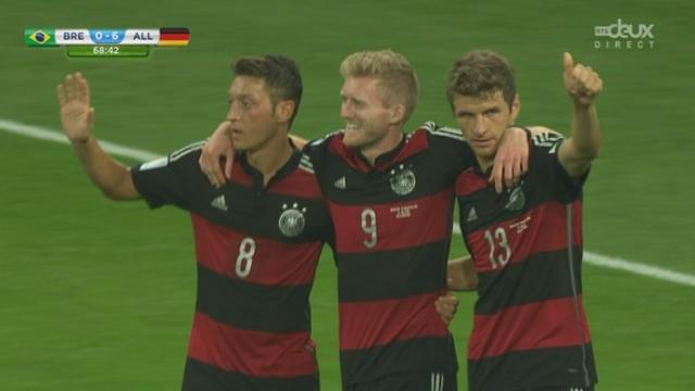 1-2, BRA-GER (0-6): Schürrle enfonce un peu plus le clou et inscrit le 6e goal du plat du pied [RTS]