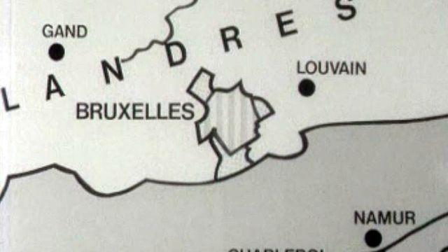 Une Belgique secouée par les querelles linguistiques.