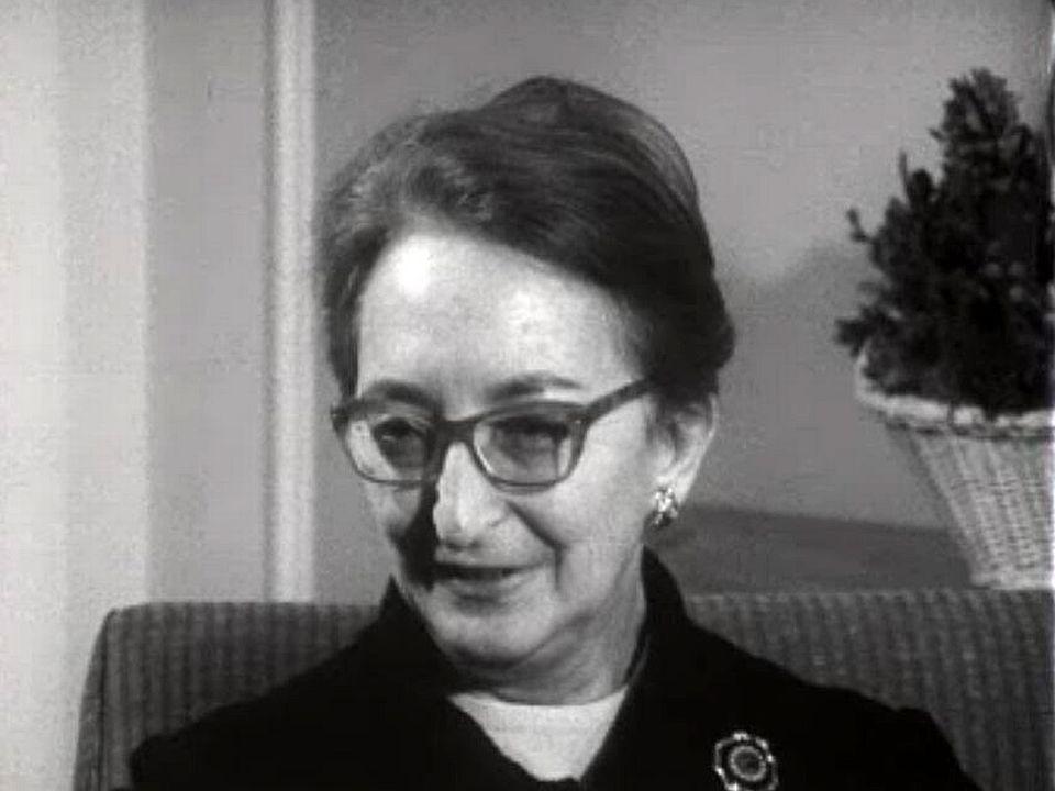 Directrice d'un quotidien, Helène Vlachou refuse la censure.